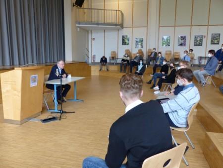 20210515 - Stephan Weil im Gymnasium Neu Wulmstorf