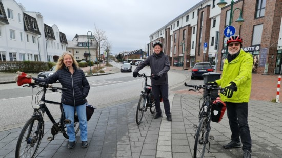 Steinfeld, Handtke & Franke freuen sich über das Stadtradeln